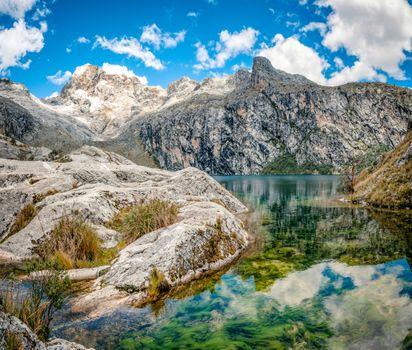 Заставки Lagoon,mountain,sky