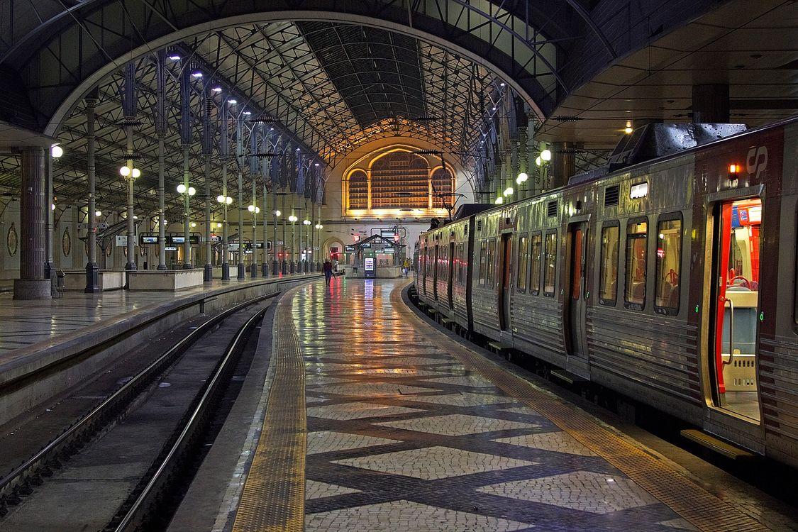 поезд на станции картинки отметить, что выделенные