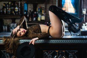 Заставки девушка на барной, красота, позы