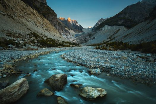 Karaugomdon view of the river in the mountains of the Caucasus · free photo