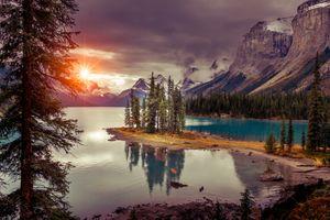Photo free Maligne Lake, Jasper national Park, mountains