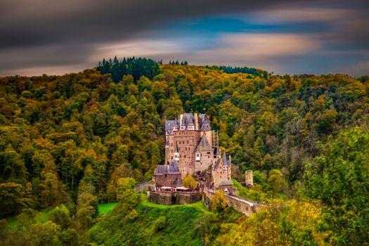 Бесплатные фото Замок Эльц,Burg Eltz,Германия,лес,деревья,пейзаж,Рейнланд-Пфальц