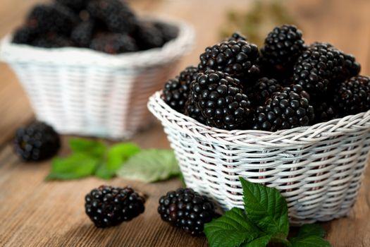 Blackberries in a twist · free photo