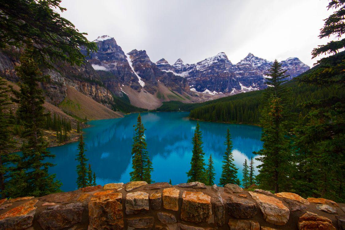 Фото бесплатно пейзаж, скалы, озеро Морейн - на рабочий стол