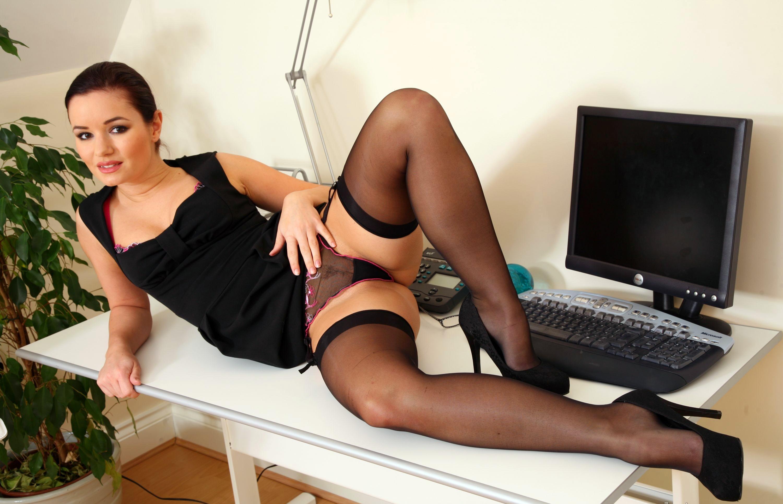 Картинки эротических секретарш — pic 1