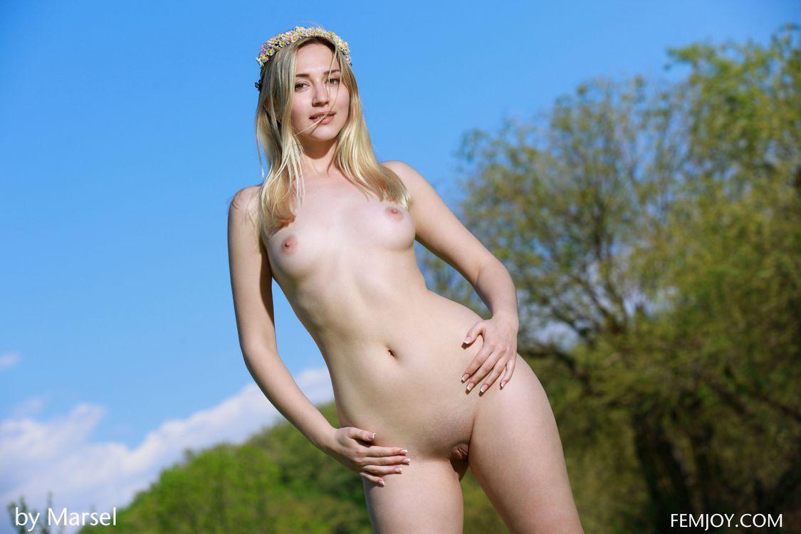 Фото бесплатно Amili V, красотка, голая, голая девушка, обнаженная девушка, позы, поза, сексуальная девушка, эротика, Nude, Solo, Posing, Erotic, фотосессия, sexy, эротика