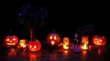 Бесплатные фото хэллоуин,праздник,тыквы,освещение,огонь,иллюминация
