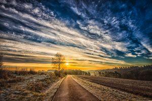 Бесплатные фото закат,поле,дорога,деревья,небо,облака,пашня
