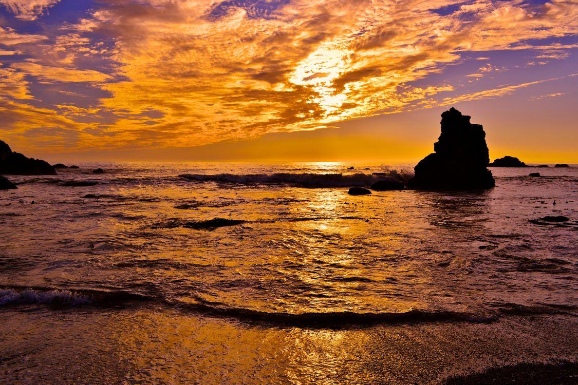 Морской прилив · бесплатная заставка