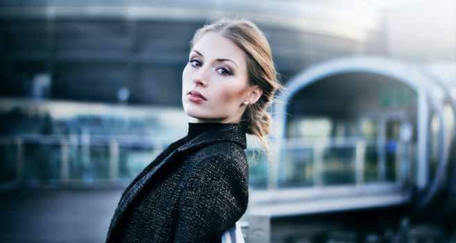 Photo free model, coat, pose