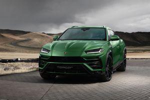 Green Urus Lamborghini new SUV
