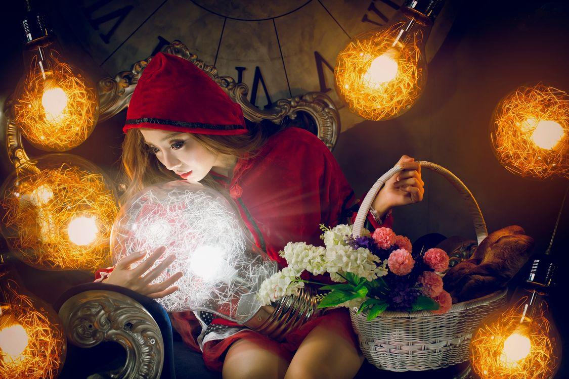 девушка и сияние · бесплатное фото