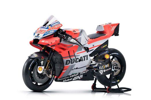 Ducati Desmosedici Gp18 - 2018 on a stand · free photo