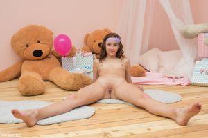 Фото бесплатно Molly, красотка, голая, голая девушка, обнаженная девушка, позы, поза, сексуальная девушка, эротика
