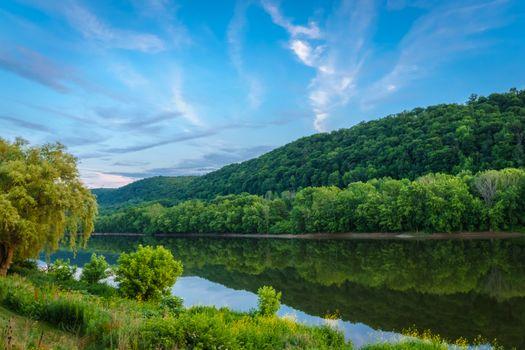 Заставки река Саскуэханна,штат Пенсильвания,США,река,лес,деревья,пейзаж