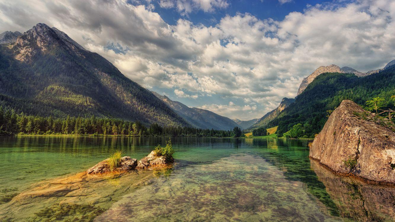 Фото бесплатно Hintersee, озеро, мелководье, прозрачная вода, пористые облака, облака, сельская местность, отражение, Bavaria, горы, скалы, деревья, пейзаж, bergsee, берхтесгаден, пейзажи