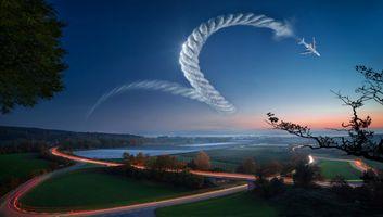 Бесплатные фото закат,небо,самолёт,штопор,поле,дорога,фантазия
