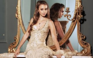 Photo free Lily Collins, the mirror, dress