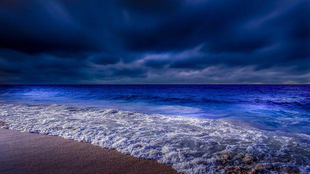 Фото бесплатно Ночь, окутала, морское, побережье, отлив, волна, тучи, горизонт, даль