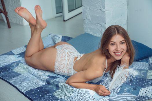 Бесплатные фото Avery,улыбка,сексуальная девушка,beauty,сексуальная,молодая,богиня,киска,красотки,модель