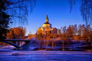 Фото бесплатно Церковь Сялевад, rnsk ldsvil, Швеция, река, мост, деревья, лёд, осень, зима, пейзаж