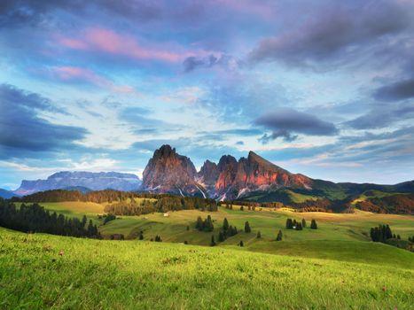 Фото бесплатно горы, долина, закат
