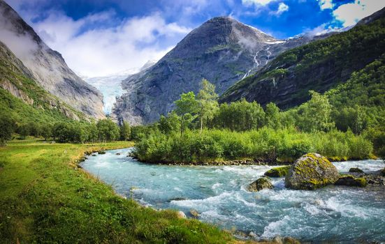 Photo free One of the beautiful glaciers of Norway, the national Park Briksdalbreen, Norway