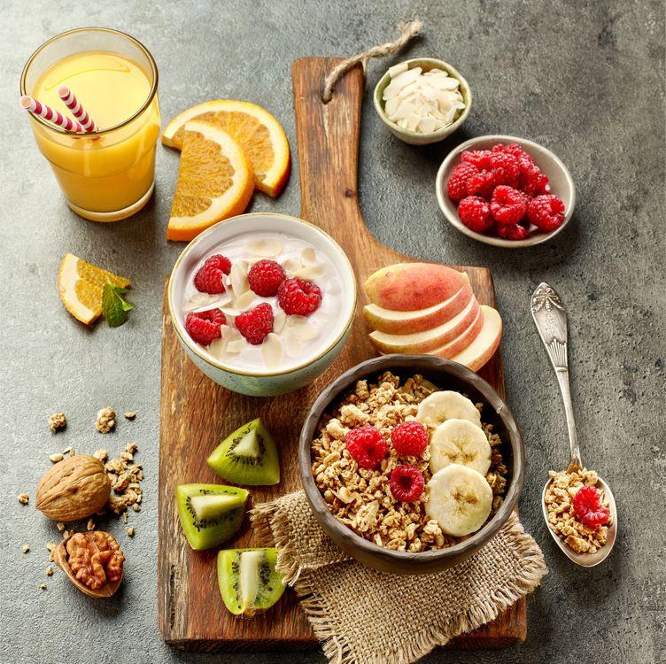 Free photo juice, breakfast, berries, fruit - to desktop