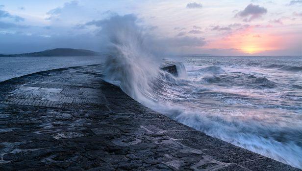 Фото бесплатно шторм, закат, волны