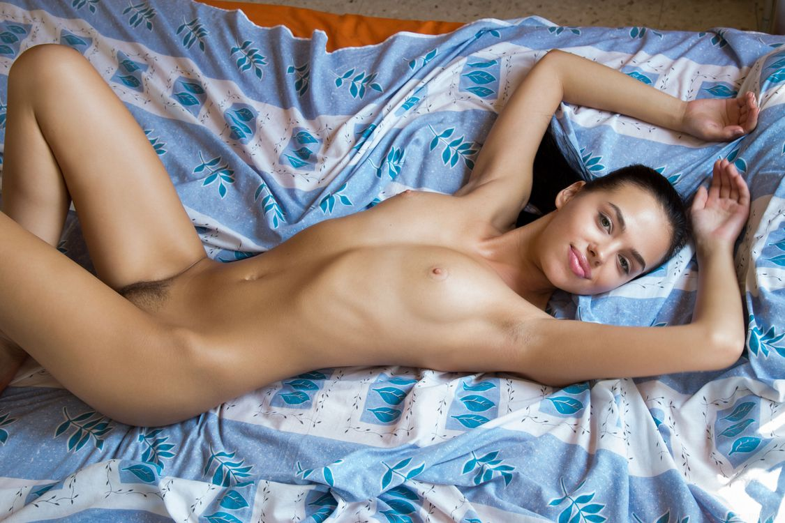 Фото бесплатно Venice Lei, красотка, голая, голая девушка, обнаженная девушка, позы, поза, сексуальная девушка, эротика, эротика
