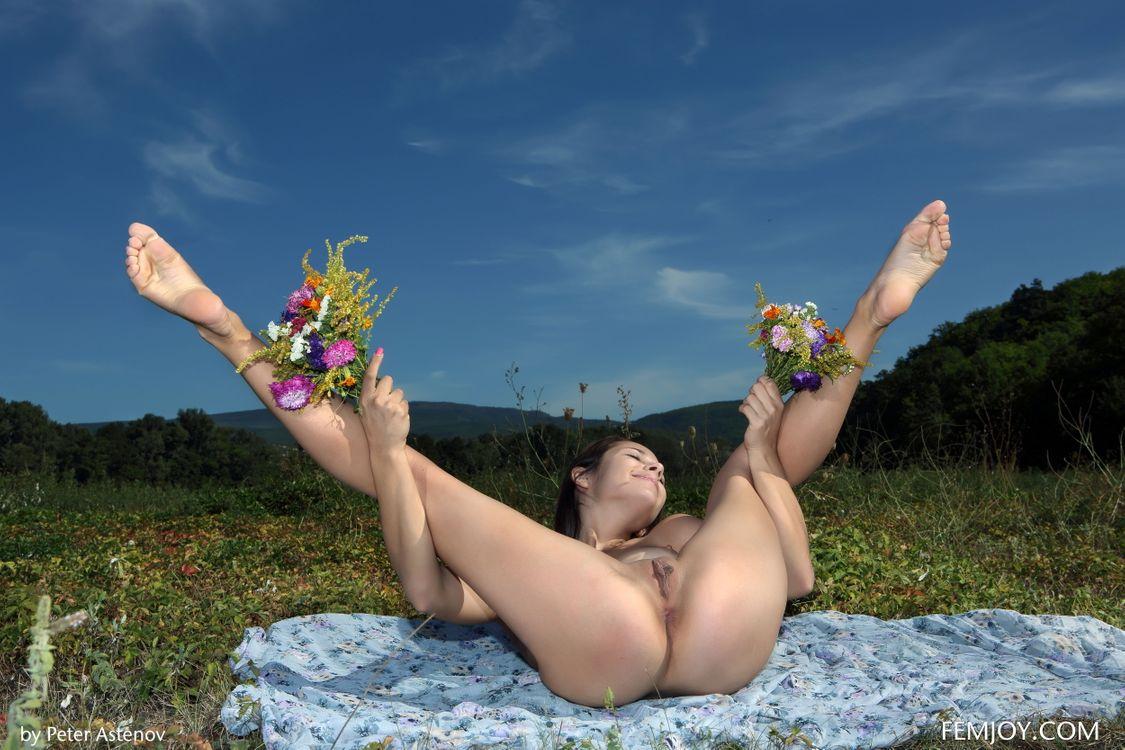 Фото бесплатно Эмми, обнаженная девушка, голая - на рабочий стол