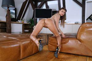 Фото бесплатно раздвинутые ноги, голая, мария рябушкина