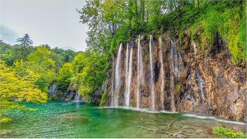 Фото бесплатно река, деревья, Национальный парк Плитвицкие озера