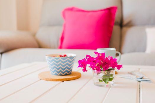 Photo free breakfast, oatmeal, vase