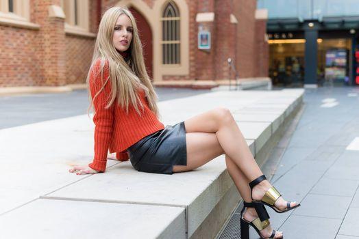 Бесплатные фото высокие каблуки,женщины,модель,ноги