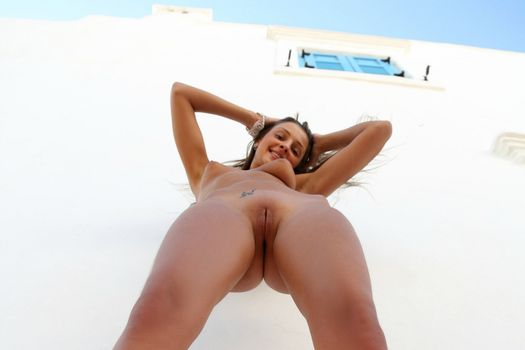 Бесплатные фото maria ryabushkina,maria,tara,melena,maria rya,брюнетка,голая,pov,загорелая,сиськи,бритая киска,половые губы