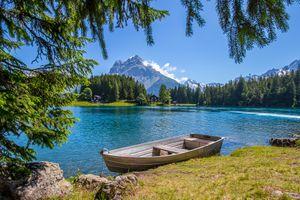 Бесплатные фото Швейцария,водоём,горы,деревья,озеро,берег,лодка