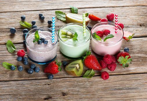 Заставки завтрак, киви, йогурт