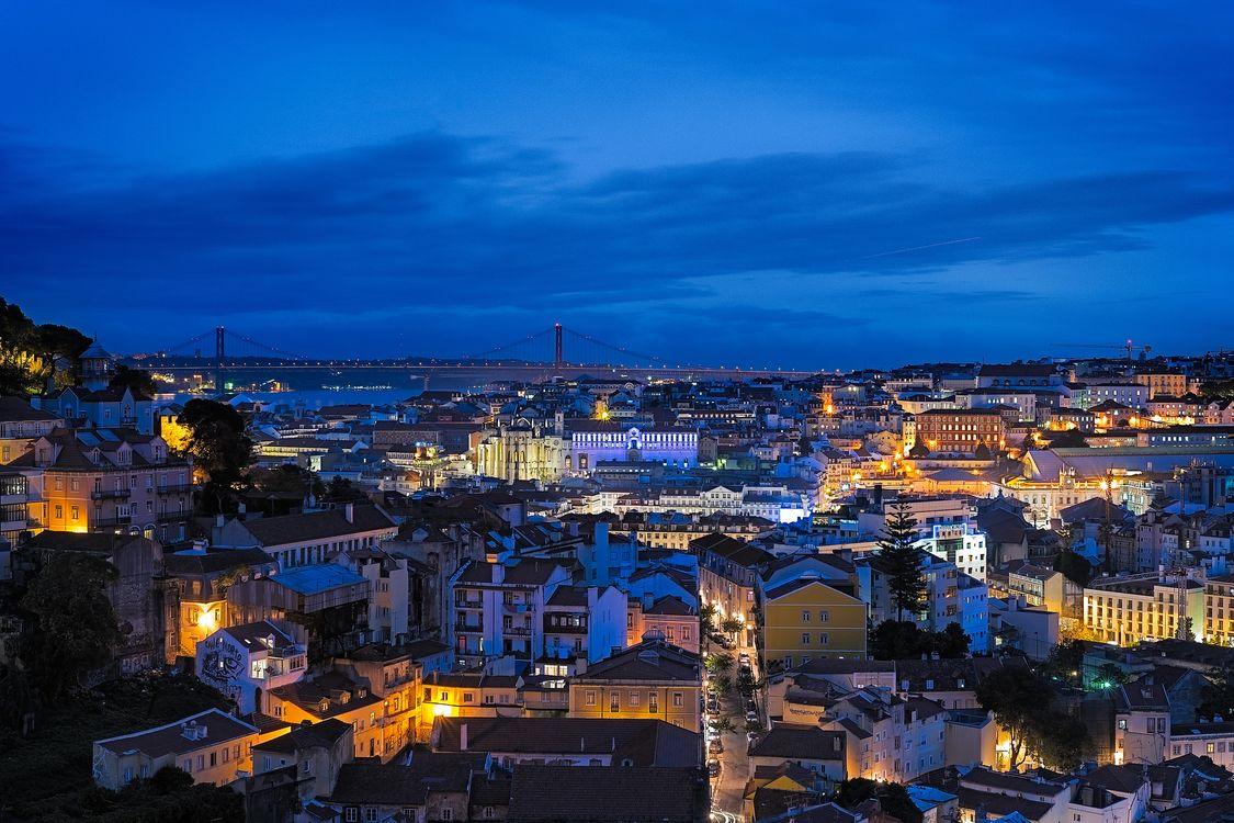 Фото бесплатно Лиссабон, Португалия, город, ночь, огни, иллюминация, город