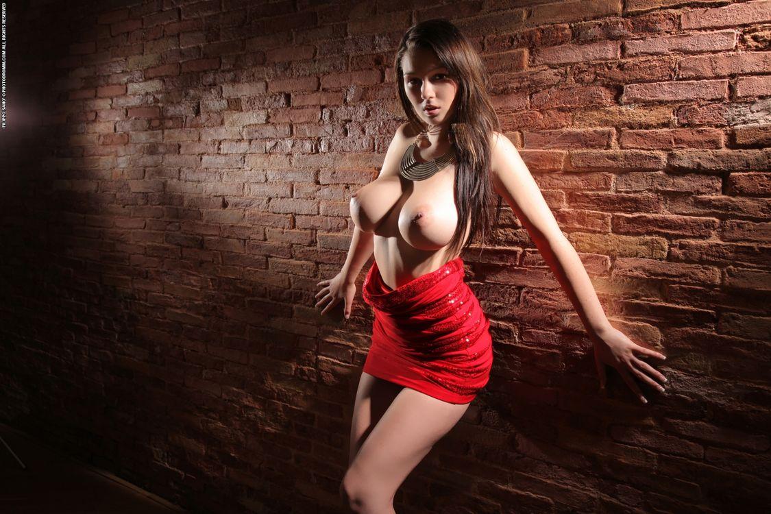 Фото бесплатно Corinne, фотосет, обнаженная грудь - на рабочий стол