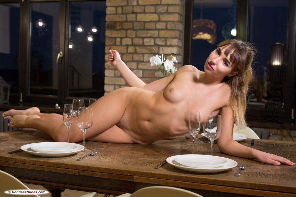 Фото бесплатно Inga F, красотка, голая, голая девушка, обнаженная девушка, позы, поза, сексуальная девушка, эротика, Nude, Solo, Posing, Erotic, фотосессия, эротика