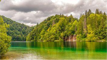 Заставки река, деревья, Плитвицкие озера