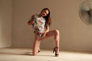 Бесплатные фото Valery Leche,красотка,голая,голая девушка,обнаженная девушка,позы,поза
