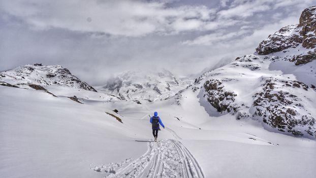 Фото бесплатно рюкзак, лыжное оборудование, расческа