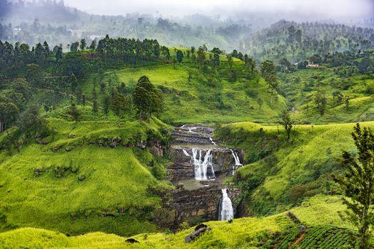 Photo free St Clair Falls, Sri Lanka, mountains